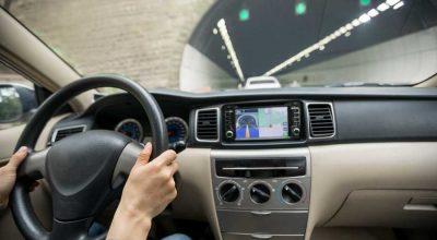 navigatore gps auto